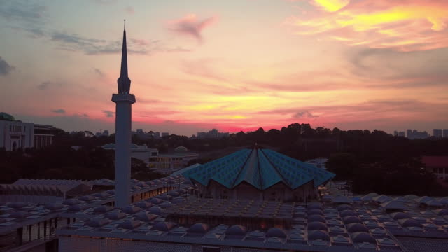 national mosque in kuala lumpur, malaysia - national mosque stock videos & royalty-free footage