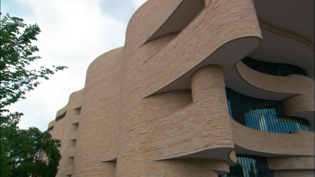 cu, pan, la national museum of the american indian, washington dc, usa - smithsonian institution stock videos & royalty-free footage