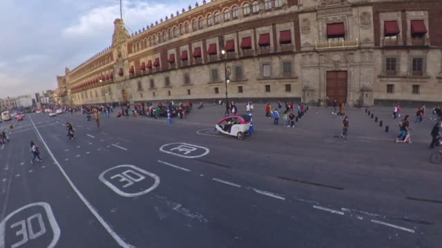 national palace in the zocalo of mexico city - torre latinoamericana stock videos & royalty-free footage