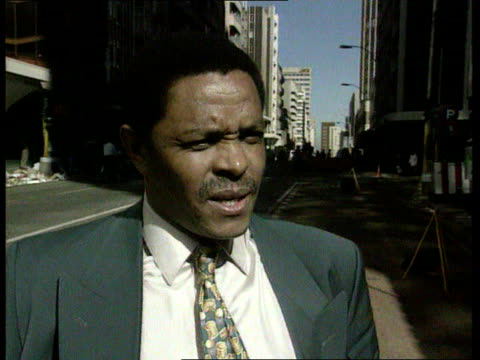 vidéos et rushes de national peacekeeping force itn cms siphiwe nyandi intvwd sot when we fought against apartheid we were a guerilla army but s africa now needs a... - apartheid