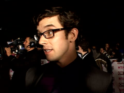 red carpet arrivals and backstage Michael Urie interview SOT