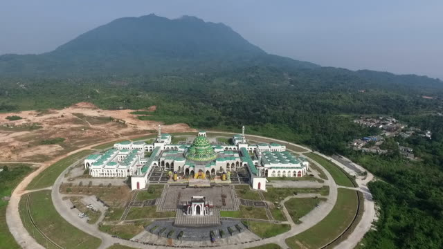 natuna grand mosque. - taj mahal stock videos and b-roll footage