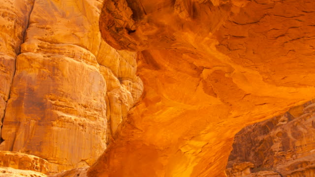 natural arch in al harazah, wadi rum - natural arch stock videos & royalty-free footage