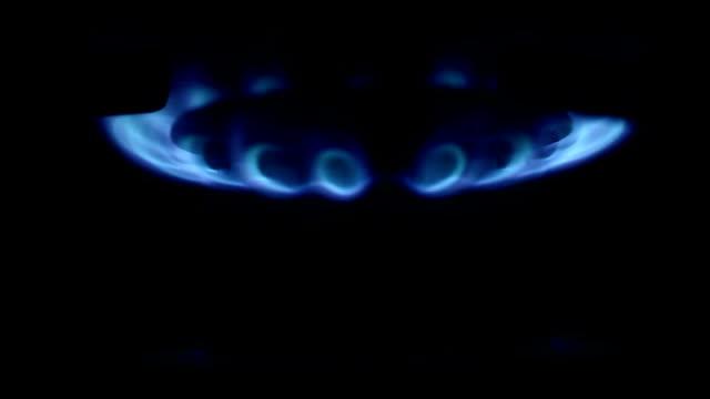 Natural gas inflammation stove burner