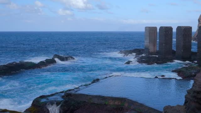 Naturschwimmbad in Pescant de Hermigua (Bananen Ladestation - Pescante de Hermigua) auf den Kanarischen Inseln La Gomera in der Provinz Santa Cruz De Tenerife - Spanien