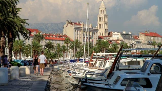 nautical vessel and split city - nautical vessel点の映像素材/bロール