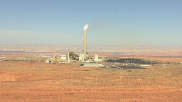 ws aerial zi navajo generating station with towers / arizona, united states - coal fired power station stock videos and b-roll footage
