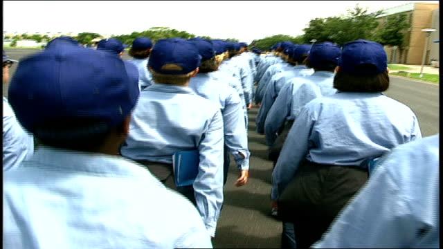 vídeos y material grabado en eventos de stock de of naval recruits marching in formation - campamento de instrucción militar