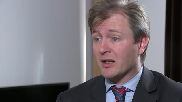 boris johnson apologises and raises possibility of diplomatic protection richard ratcliffe interview sot [re comments made by foreign secretary boris... - richard ratcliffe video stock e b–roll
