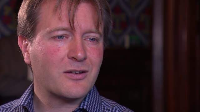 richard ratcliffe interview england london westminster int richard ratcliffe interview sot - nazanin zaghari ratcliffe video stock e b–roll