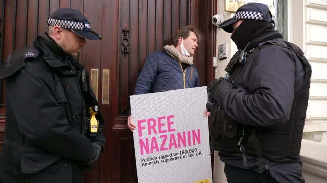 nazanin zaghari-ratcliffe case: speculation release could be linked to uk debt to iran; england: london: knightsbridge: ext richard ratcliffe and... - debt stock videos & royalty-free footage