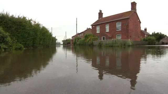 Nearly 600 homes evacuated after flooding in Lincolnshire ENGLAND Lincolnshire EXT Various shots of flood waters and houses