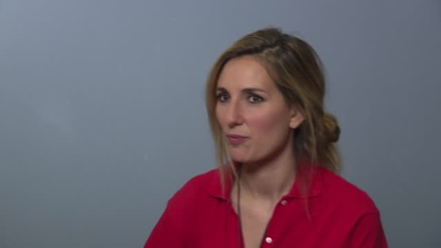 FRA: Sexism in TV sports: French journalist's documentary makes waves