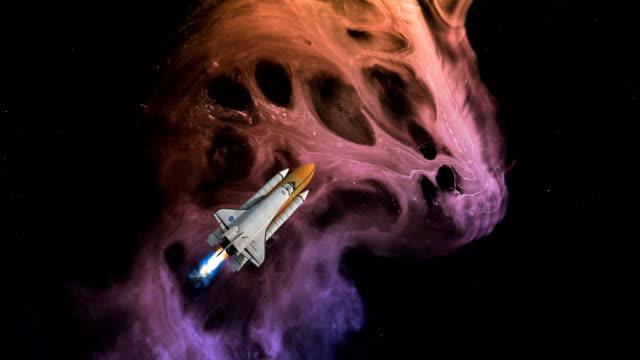 stockvideo's en b-roll-footage met nevel- en ruimtevaartuigen - raket ruimteschip