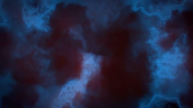 stockvideo's en b-roll-footage met nevel storm wolken - achterlicht
