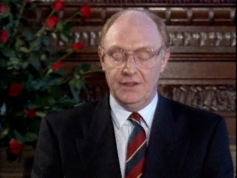 stockvideo's en b-roll-footage met neil kinnock announces his resignation as leader of the labour party - neil kinnock