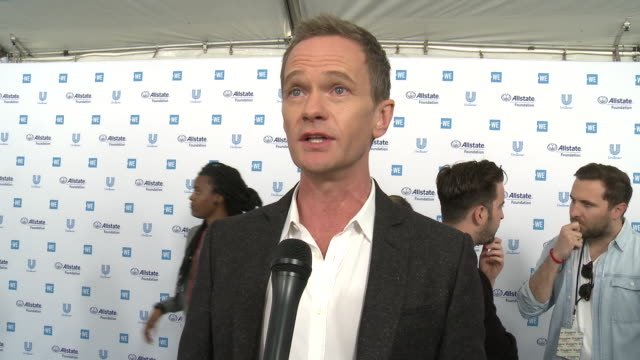 neil patrick harris at the we day california celebrates 16,000 youth leading lasting change in america at the forum on april 25, 2019 in inglewood,... - ニール・パトリック・ハリス点の映像素材/bロール