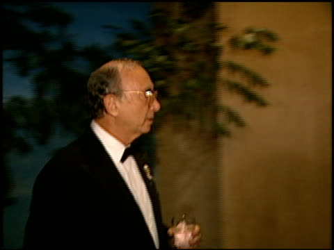 neil simon at the carousel of hope gala at the beverly hilton in beverly hills, california on october 25, 1996. - ニール サイモン点の映像素材/bロール