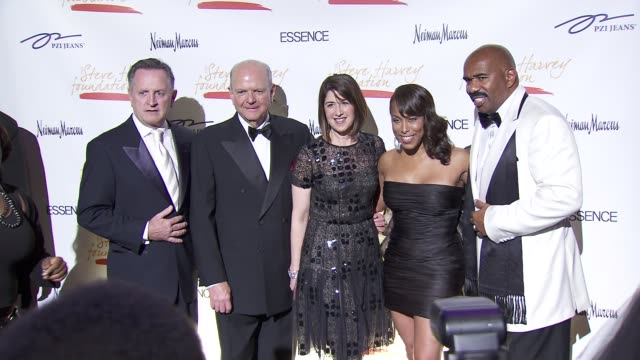 stockvideo's en b-roll-footage met neiman marcus, mark fillion, burton tansky, karen katz, marjorie harvey and steve harvey at the steve harvey hosts ny gala benefiting steve harvey... - neiman marcus