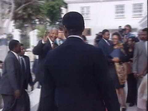 stockvideo's en b-roll-footage met nelson mandela arrives at the south african parliament after being elected the countries new president - politics and government