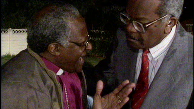 nelson mandela death sir trevor mcdonald tribute 1021990 south africa soweto ext / night mandela supporters dancing in street on the eve of his... - releasing stock videos & royalty-free footage