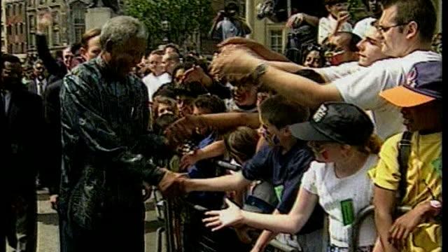 uk reaction diane abbott memories 1271996 / t12079603 trafalgar square nelson mandela greeting crowds in trafalgar square nelson mandela addressing... - diane abbott stock videos & royalty-free footage