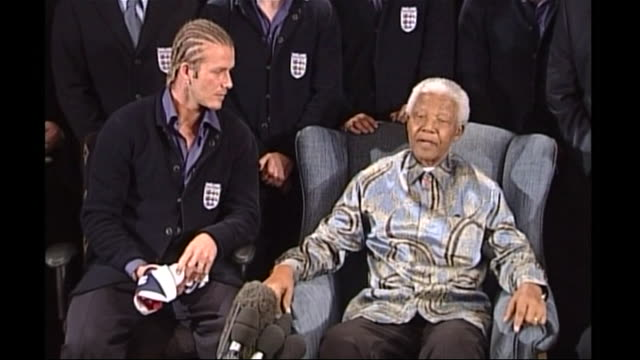 nelson mandela telling david beckham he hopes the uk will support the south african bid for the 2010 fifa world cup - fifa stock videos & royalty-free footage