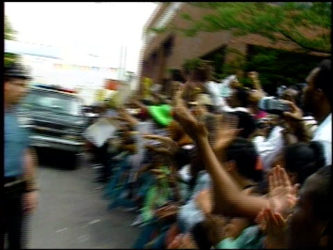 Nelson Mandela Visits New York City Crowds Chant as Nelson Mandela Drives Past on June 20 1990 in New York New York