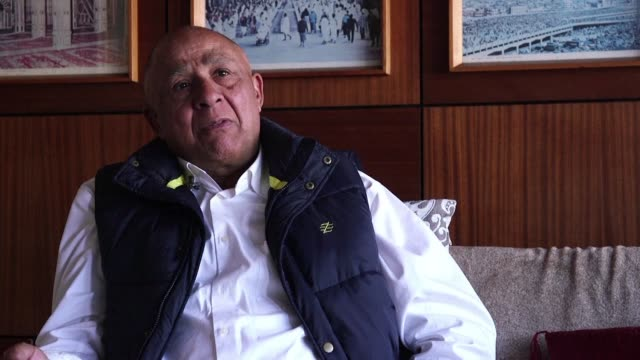 nelson mandela's former bodyguard reminisces about the days that he used to work for mr. mandela - bodyguard stock videos & royalty-free footage