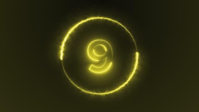vídeos y material grabado en eventos de stock de luces led de neón cuenta atrás, números de luz de 9 a 1, círculo, rayo láser aparece en el fondo - pájaro carpintero escapulario