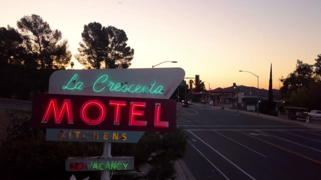neon sign of la crescenta motel on foothill boulevard in the city of la crescenta california a suburb of los angeles this vintage sign is actually in... - old fashioned stock videos & royalty-free footage