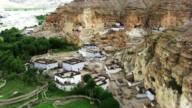 nepal : troglodyte houses - cliff dwelling stock videos & royalty-free footage