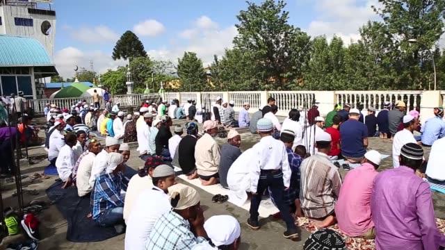 nepalese muslim perform eid alfitr prayer at the mosque in kathmandu nepal on june 26 2017 muslims around the world are celebrating the eid alfitr... - mosque stock videos & royalty-free footage