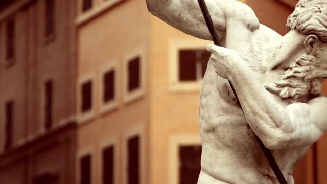 neptune statue masterpiece in rome - grekisk kultur bildbanksvideor och videomaterial från bakom kulisserna