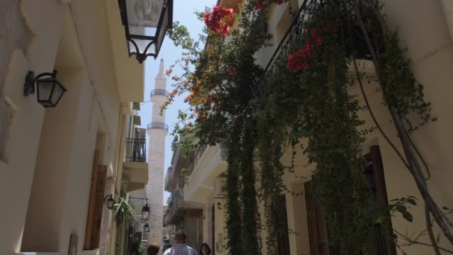 vidéos et rushes de neratze mosque in rethymnon, crete, greek islands, greece, europe - étroit