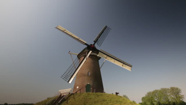 netherlands, bronkhorst, windmill for grinding flower - dutch culture stock videos & royalty-free footage