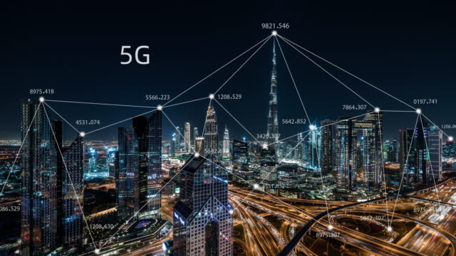t/l zo 5g network concept, from day to night / uae - smart city stock videos & royalty-free footage