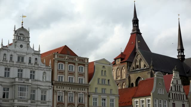 Neuer Markt, New Market, with Church of St. Mary, Rostock, Mecklenburg-Western Pomerania, Germany