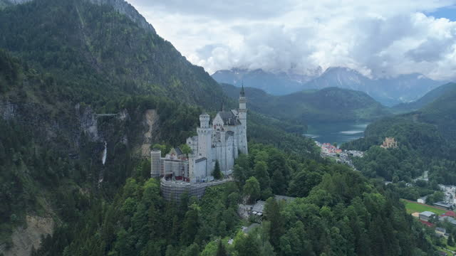 neuschwanstein castle / bavaria, germany - atmospheric mood stock videos & royalty-free footage