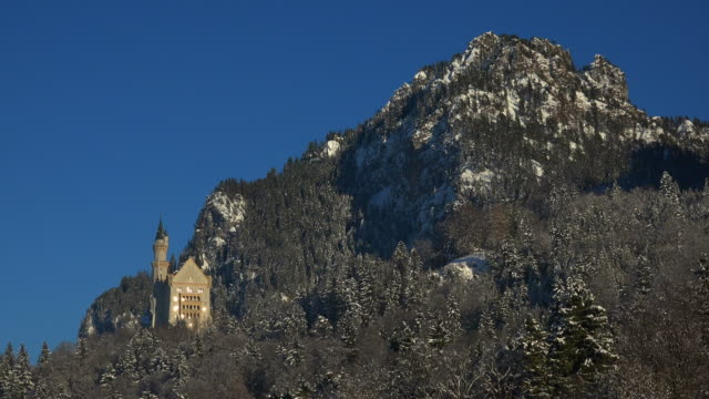 Neuschwanstein Castle near Schwangau, Svabia, Bavaria, Germany