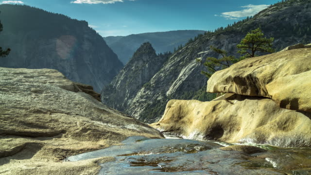 stockvideo's en b-roll-footage met nevada falls, yosemite national park - time-lapse - pacific crest trail
