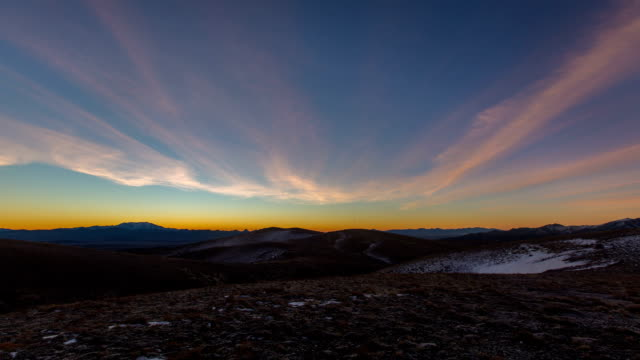 nevada mountain sunrise - nevada stock-videos und b-roll-filmmaterial