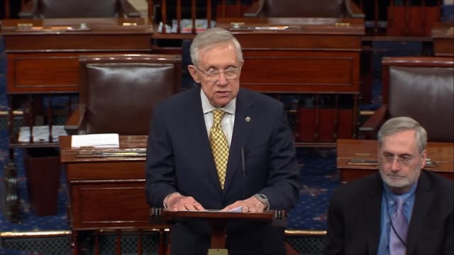 stockvideo's en b-roll-footage met nevada senator harry reid contrasts the expected nomination of donald trump of the republican party with past politicians calling trump an immigrant... - republikeinse partij vs