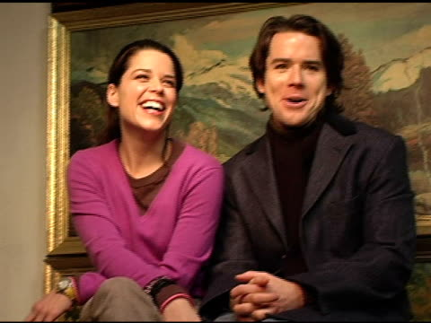 vídeos de stock e filmes b-roll de neve campbell and christian campbell at the 2005 hp portrait studio presented by wireimage at hp portrait studio in park city utah on january 27 2005 - neve campbell