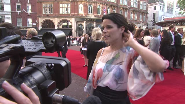 neve campbell at the inglourious basterds uk premiere at london england - neve campbell stock videos and b-roll footage