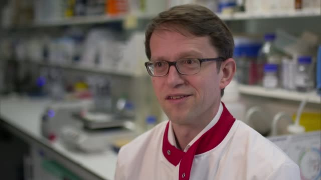 New blood test could identify cancer at an early stage ENGLAND London Institute of Cancer Research INT Various of Professor Nicholas Turner looking...