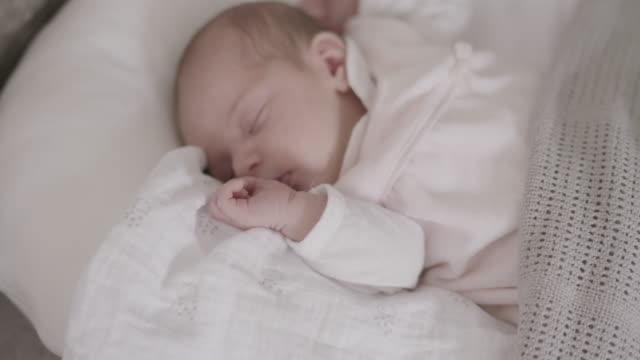 vídeos y material grabado en eventos de stock de new born baby - niñas bebés