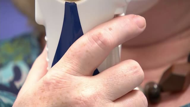 new breath test hopes to revolutionise the diagnosis of cancer england cambridge addenbrooke's hospital int various shots of rebecca coldrick wearing... - sichtbarer atem stock-videos und b-roll-filmmaterial