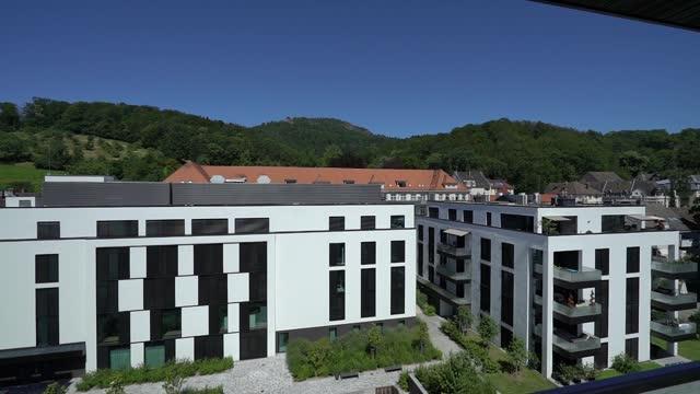 new buildings of the medical center in baden-baden - fensterrahmen stock-videos und b-roll-filmmaterial