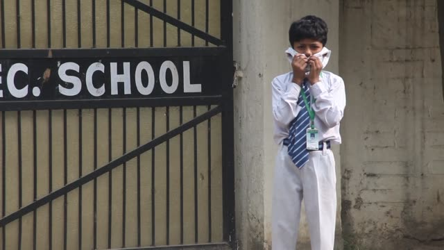 New Delhi schools reopen in the Indian capital despite a fresh surge in pollution to emergency levels prompting parents to accuse authorities of...